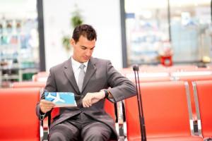 Wochenendarbeit auf Geschäftsreisen – welche Kosten muss der Arbeitgeber erstatten?