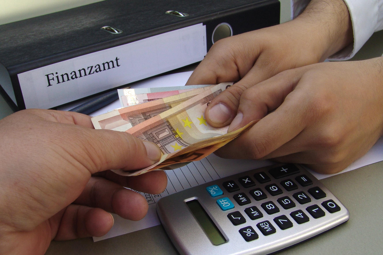 einmalzahlungen versteuerung rechner