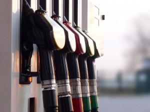 Versteuerung von Firmenwagen: auch private Benzinkosten absetzbar?
