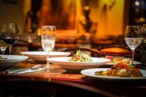 Zuschüsse zu Mahlzeiten vorteilhaft versteuern